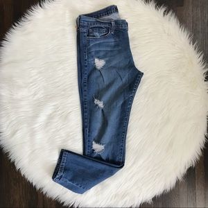 NWOT Flying Monkey Distressed Skinny Jeans